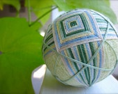 Spring pastel home decorative ball Japanese temari julieandco green white yellow blue Mothers Day gift