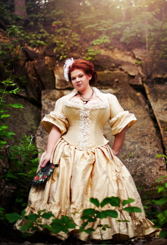 Non Traditional Wedding Dresses Plus Size