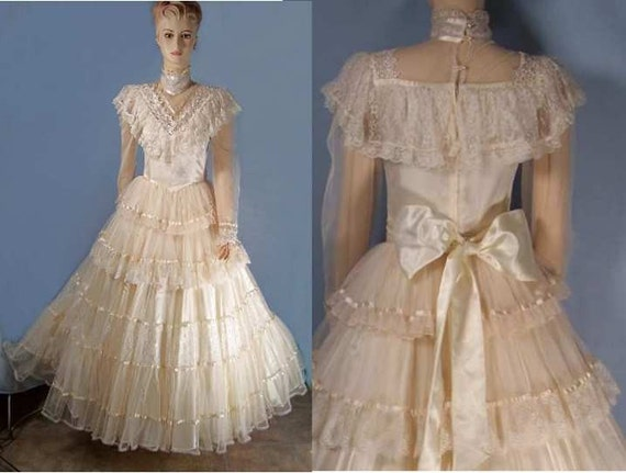 Vintage victorian bridal dress jessica mcclintock 5 for Vintage victorian wedding dresses