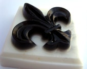 Black and White Fleur De Lis Handmade Soap,3.5 oz Creamy Pecan Praline Scent