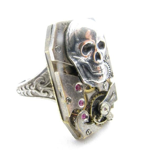Steampunk Gearworks Silver Skull Ring Swiss 15 Jewel Large Movement