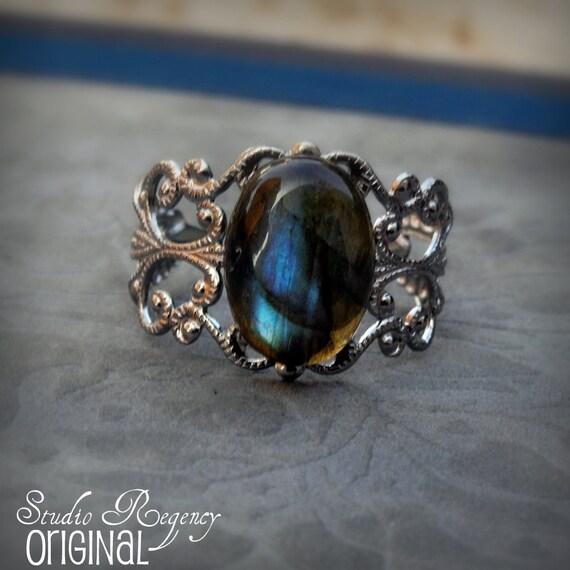 Storm - Labradorite Ring - Gemstone - Adjustable - Victorian -  Silver Filigree