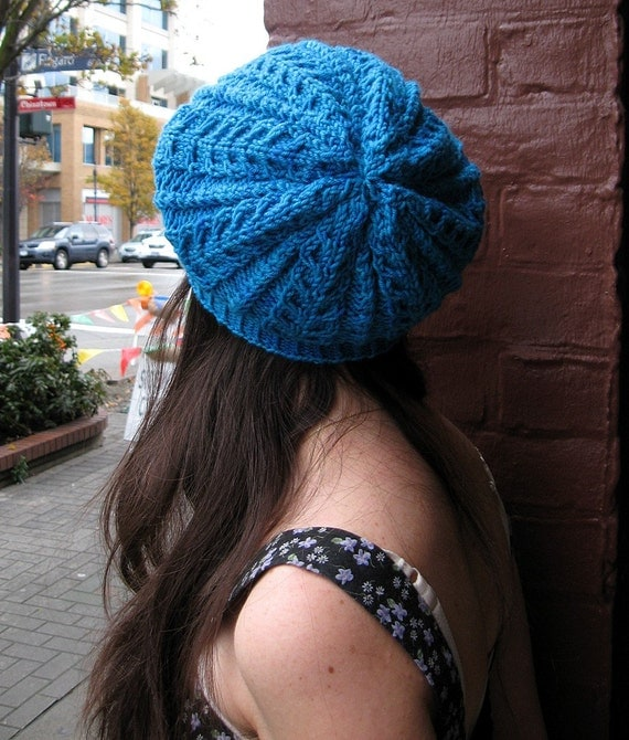 Slouchy Cable Knit Hat Pattern : Slouchy Cabled Hat Knit Pattern