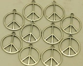 Peace Sign Pendants 20 Pcs Pewter Lead, Nickel & Cadmium Free, Hypoallergenic  MPP742/21S
