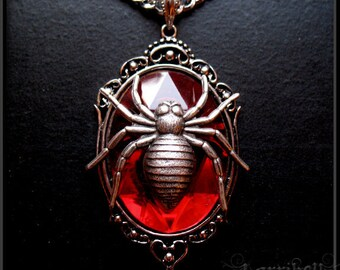 Red Spider Pendant Necklace // Spider Necklace // Spider Jewelry // Black Widow