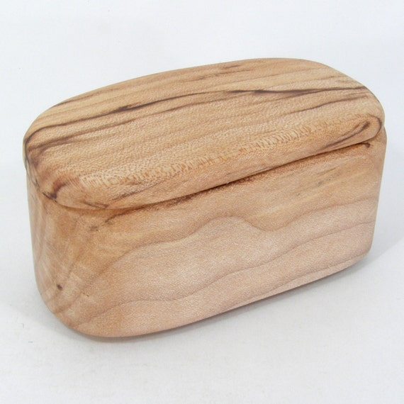 Simple Little Maple Box, eco friendly, salvaged wood, trinket, treasure, notions