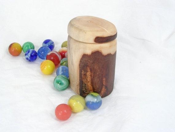 Willow Wood Pill Box, driftwood box, wood travel box, groomsmen gift, eco wedding, beach wedding, Oregon coast