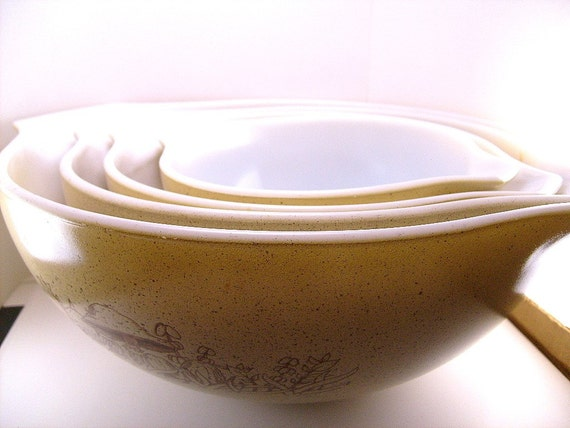 Vintage Pyrex Mushroom Mixing Bowls By Vintagenotionslady