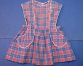 Vintage Little Girl Apron size 3 to 4