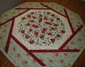 Quilted Floral Center Piece,free shipping in US and Canada