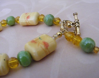 Asian Inspired Yellow Porcelain and Glass Bracelet
