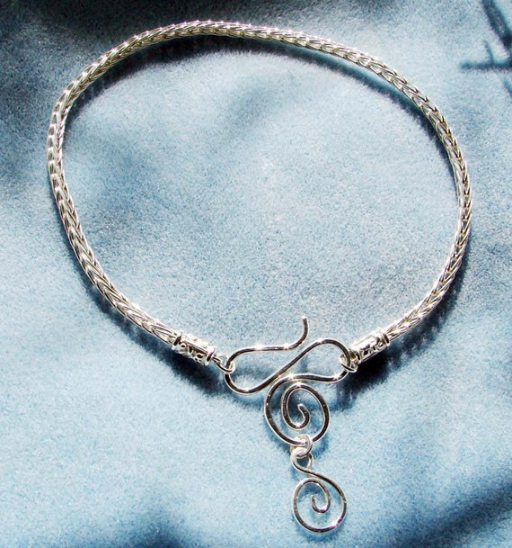 Handmade Sterling Silver Loop-in-Loop Necklace With Handmade Spiral Dangle Clasp 16 Inches in Length