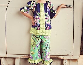 Water Bouquet -  Peasant Top and Double Ruffle Capri Set ---