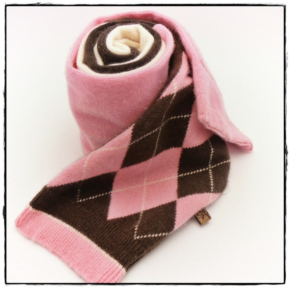 recycled sweater PURE CASHMERE scarf pink brown cream argyle pocket