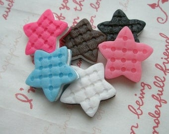 SALE Star shaped Creamsand cookie biscuit cabochons 6pcs