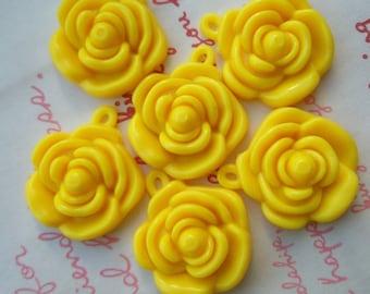 Yellow Rose charms beads pendants 6pcs 22mm