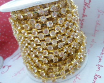 CLEAR rhinestone chain ( Gold tone ) 4mm stone 50cm