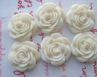 IVORY  rose cabochons 6pcs MJ 001 22mm
