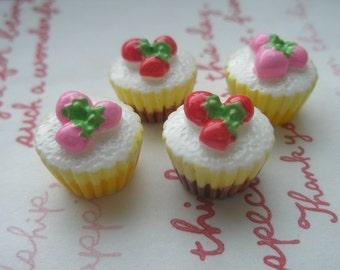 sale Miniature STRAWBERRY Cupcake Set 4pcs