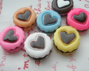 SALE Round Heart on Top Chococlate sand Cookie  Set 7pcs