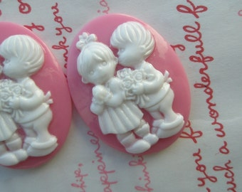 SALE Little LOVERS Cameo 2pcs  (40mm X 30mm) PINK High quality