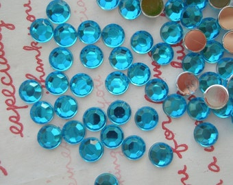 Faceted Round plastic rhinestones cabochons 6mm 5 grams TEAL BLUE