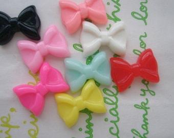 Tiny plain butterfly bow cabochons 8pcs ( 8 colors)