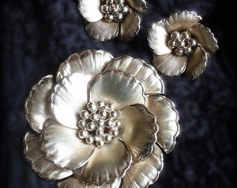 Vintage Coro Gold Flower Brooch and Earrings Set Circa 1940s