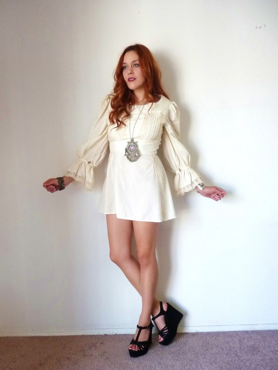 Vintage 70s Cream RUFFLE SLEEVE Babydoll Mini Dress M L