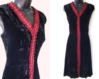 Vintage 60s BLACK Velvet with RED Metallic Trim DRESS M
