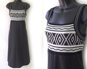 70s Black with Silver Metallic and White Geometric Design Dress M L