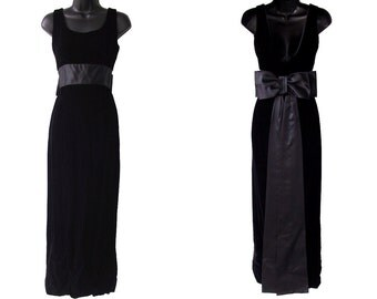 60s Black Velvet with Big Satin Bow Dress XXS XS