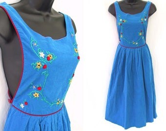 Vintage 70s 80s Blue with Embroidered Floral Design Jumper Pinafore Dress XS S