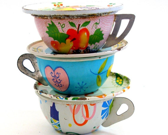 50's Toy Tea Cups & Saucers, Set of 6 vintage tin in pink white and blue, Instant Collection.
