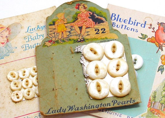 30s Pearl buttons, 3 original cards of antique mother-of-pearl.