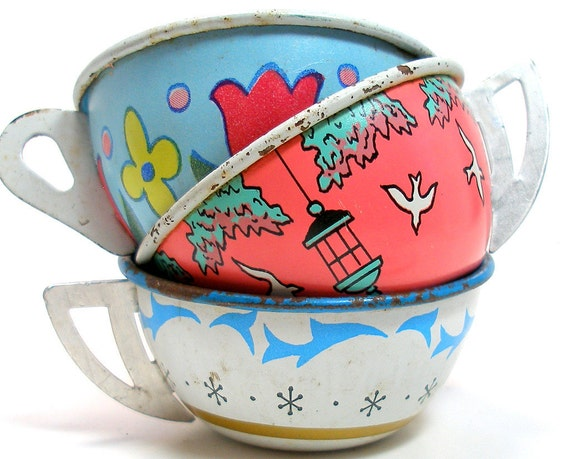 40s Tin Toy Tea Cups & Saucers, Set of 6 with bunny, birds and flowers.