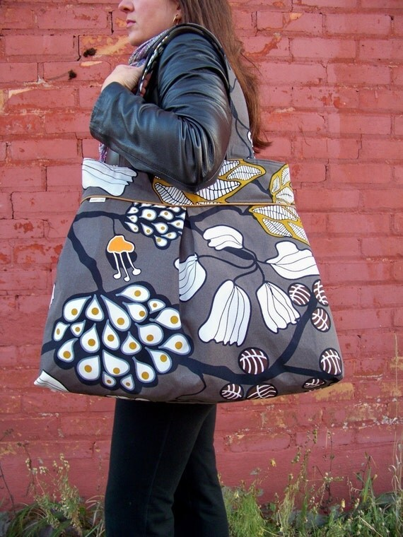 Weekender CanvasTote Bag / Travel Bag / Purse / Diaper Bag / Gray / Forest in Sweden