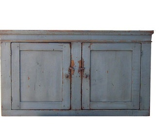 Primitive furniture painted hanging pine wall cupboard cabinet rustic country style farmhouse kitchen