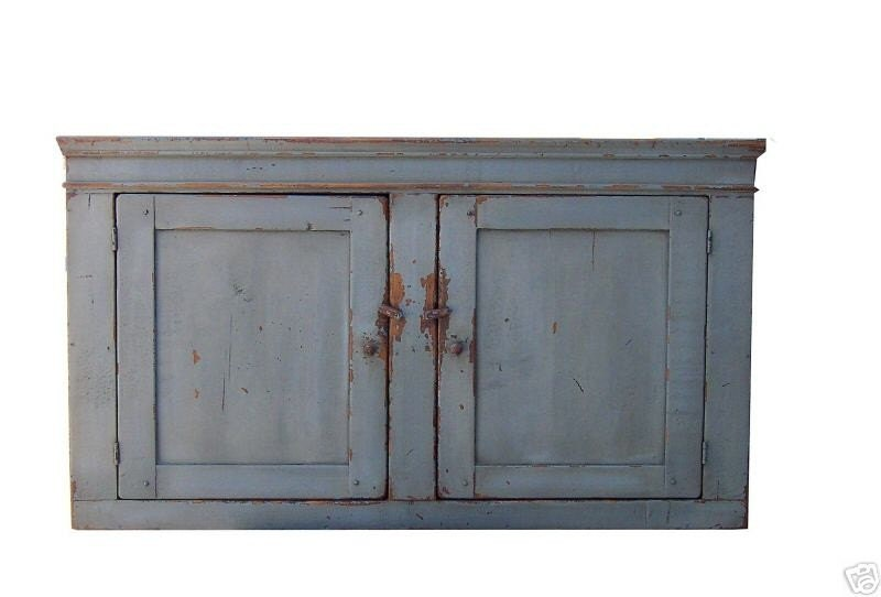 Primitive furniture painted hanging pine wall cupboard cabinet