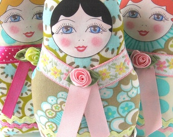 Matryoshka Plush, Babushka Softie, Fabric Russian Doll, Cloth Nesting Doll, Textile Stacking Doll