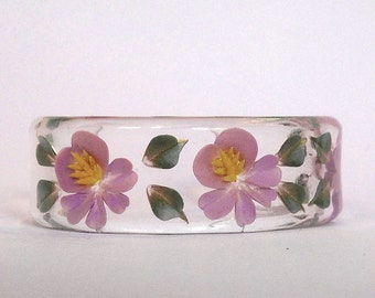 Vintage 60s Carved Clear Lucite Hibiscus Flower Cuff Bracelet--NOS