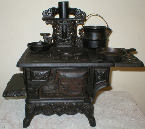 Crescent Cast Iron Toy Stove Salesmen Sample By Vintagegifts
