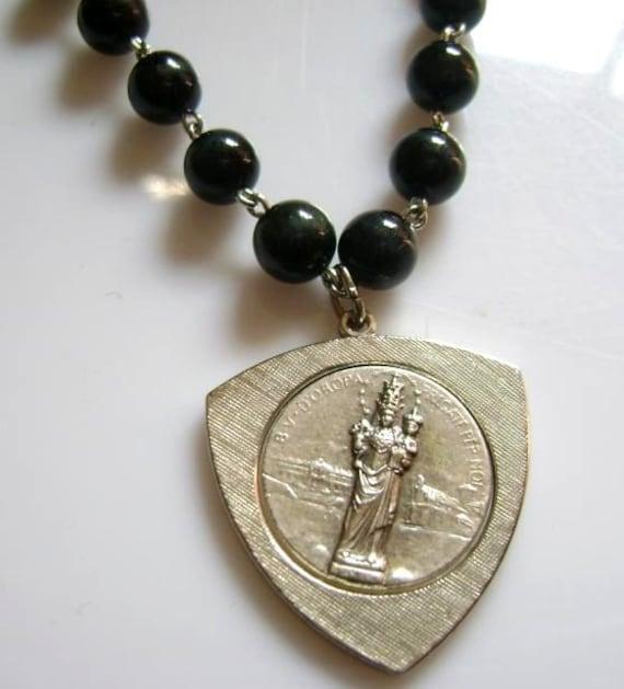 Hand Carved Old Bone Skulls Black Ebony Blue Tiger Eye Jade Beads Rosary Cross
