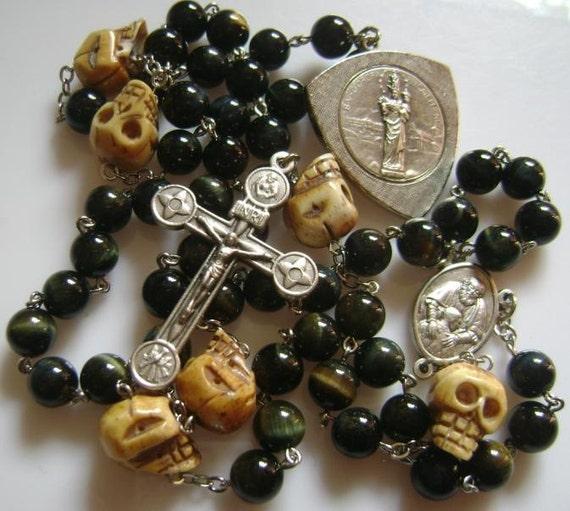 Hand Carved Old Bone Skulls Black Ebony Blue Tiger Eye Jade Beads Rosary Cross necklace