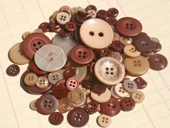 Brown Buttons Sewing - Autumn Embellishments - Mocha - LAST PACK
