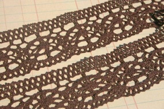 Brown Cluny Trim - Sewing Embellishments - 3 Yards