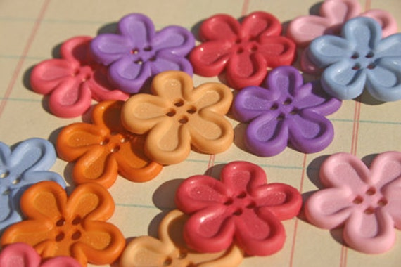 """Flower Buttons - Sewing Button - 7/8"""" Wide - Two Packs - 28 Buttons"""