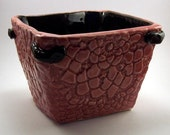 Ceramic planter doily inspired in mulberry and black
