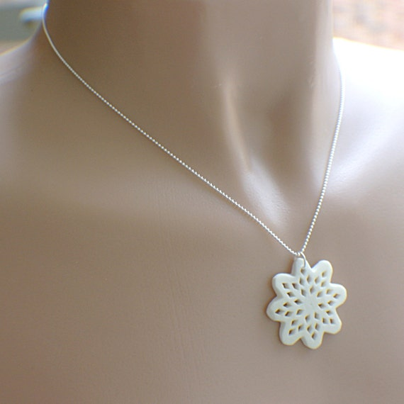 Starflake necklace medallion style sterling silver snowflake star shape