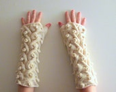 Dragon Cabled Gauntlets Cream in Washable Merino Wool